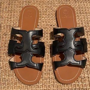 Tory Burch Black leather sandals sz 8